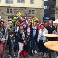 Bisinger Hobby-Tennisspieler besuchen das Stuttgarter Weindorf
